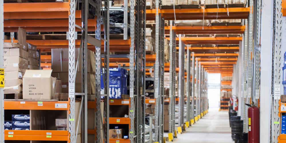 logistica-magazzino-01
